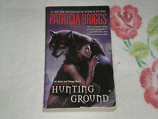 HUNTING GROUND by PATRICIA BRIGGS    *SIGNED*  +FM+