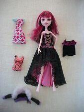 ☼ Poupée Monster high Draculaura + poupées pour pièces ☼
