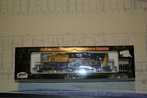 Atlas - EMD GP-38 Locomotive - Alaska #2005 - DC