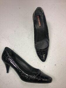 PRADA BLACK PATENT LEATHER PUMPS HEELS Sz 37 1/2