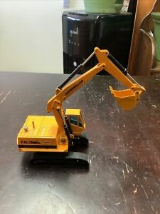 CAT Excavator Palumbo Joal #216 Construction Vehicle Scale 1:50 Made In Spain