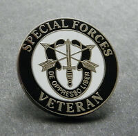 US ARMY SPECIAL FORCES VETERAN DE OPPRESSO LIBER VET LAPEL PIN BADGE 1 INCH