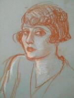 Beau portrait de jeune femme Art Déco années 1920 - 1930 sanguine fusain & craie