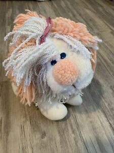 """Vintage Kenner Fluppy Dogs White Peach with Yarn Hair 12"""" plush character dog"""