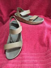 Fitflop Wobbleboard Sandals Size 6