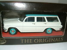 1/43 TRAX 1962 HOLDEN EJ SPECIAL STATION WAGON IN WHITE/GREEN, AUSTRALIA TG