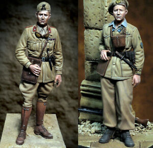 1/35 Resin Italian Officer & Soldier 2 Figures Kit Unassembled Unpaint KY712+713