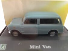 Mini Van Light Blu Cararama 1:72 C017100-22