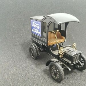 Ertl Company 1905 Ford First Delivery Card Replica Bank
