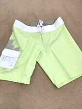 BNWT! Women's Oakley Makaha Swim Surf Board Shorts UK 8! Midori 70D. Green
