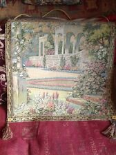 STUNNING NEW ITALIAN TAPESTRY, WITH HANGING POLE/CORD,54x52cm,GOLD TASSLE Edges