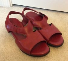 Women's SAS Casual Leather Sandals Red M5 238413 Size 7W
