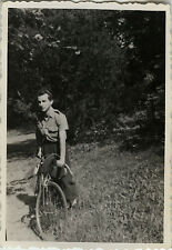 PHOTO ANCIENNE - VINTAGE SNAPSHOT - VÉLO CYCLISTE BICYCLETTE MODE - BIKE FASHION