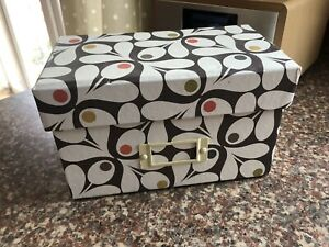 ORLA KIELY Recipe Box NEW cards Included Sealed In acorn cup Design