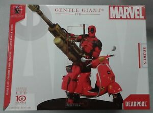 Deadpool on Scooter Gentle Giant Statue RARE Figurine 129/550 from Marvel Comics