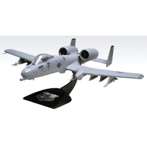 Revell Monogram 1/72 T-Squadron Snap A-10 Wart