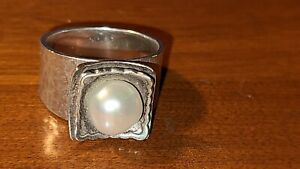 Silpada Hammered Sterling Silver Freshwater Pearl Ring.Preowned ApproxSize 8/8.5