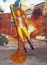 DC DIRECT COLLECTIBLES CLASSIC TEEN TITANS SERIES STARFIRE W / FIRE DISPLAY BASE
