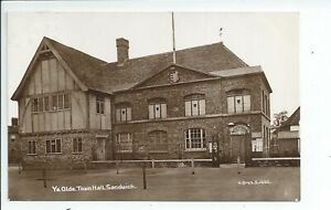 Real photo postcard of Ye olde Town hall Sandwich Kent in good condition