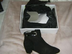Ladies Evans Black Faux Suede Ankle Boots UK 9EEE - new in box
