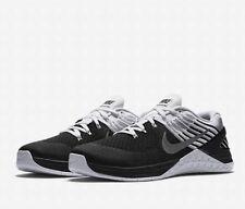 Nike Metcon DSX Flyknit 852930-005 Negro Blanco Talla UK 13 EU 48.5 nos 14 Nuevo