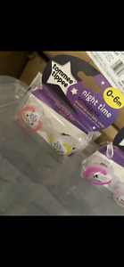 Tommee Tippee Night Time Soother, 0-6 Months, 2-Pice