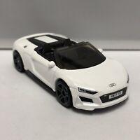 Hot Wheels White 2019 Audi R8 Spyder 1:64 Scale Diecast Toy Car Model Mattel