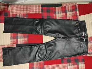 Men's DIESEL INDUSTRIES Black Leather Pants Size 34