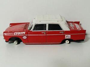 Voiture Miniature 1/43 NOREV PEUGEOT 404 l'équipe Tour de France TdF 1968 épave