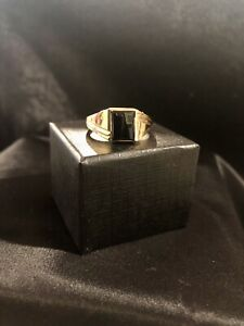 Mens 14kt Yellow Gold And Onyx Ring