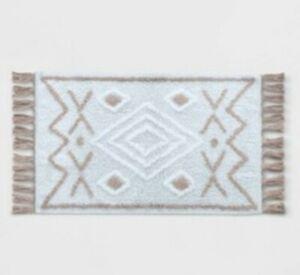 "Opalhouse Tufted Fringe Cream & Tan Bath Rug Mat geometric arrows 20""×32"""