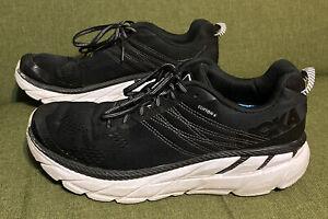 Hoka One One Clifton 6 Black/White Sneakers  Men's Size 9.5 Medium
