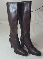 Michelle D Women's Brown Leather Knee High Boots SZ 6.5 M Zipper Closure