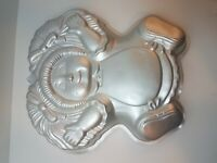 VINTAGE Wilton Cabbage Patch Kids Cake Pan Mold Doll Shape 1984 #2105-1984 Party