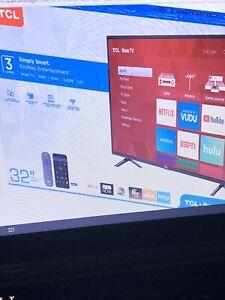 """TCL 32"""" Class 720P LED Roku Smart TV Series 3"""