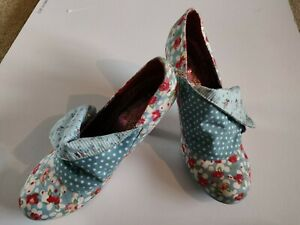 EXCELLENT CONDITION IRREGULAR CHOICE SHOES SIZE 41 fits more comfortably size 7