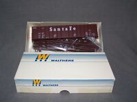 WALTHERS - HO - 50' Airslide Hopper - Santa Fe - ATSF - Brown - KIT