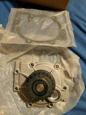Water Pump w/ Gasket fit for Volvo C70 S40 S60 S70 S80 V40 V50 V70 XC70 XC90 New