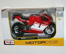 Maisto - DUCATI DESMOSEDICI RR (Red/White) - Motorcycle Model Scale 1:12