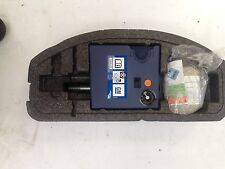 VAUXHALL ASTRA J MK6 EMERGENCY TOOL KIT WITH LIQUID AND COMPRESSOR NOT USED I