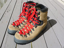 Hiking Mountaineering Mens Boots By La Sportiva Euro Size 41.5 US 8.5