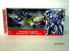 Protectobots Emergency Response First Aid Streetsmart Transformers action figure