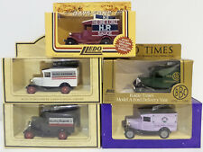 VEHICLES : SET OF 5 1934 MODEL A FORD DELIVERY VANS MADE BY LLEDO (DT) 144