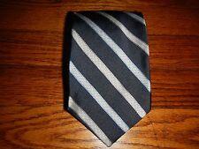 Roundtree and Yorke Striped Men's Handmade Silk Neck Tie T02