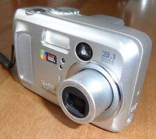 KODAK Fotocamera Digitale EasyShare CX7330 3.1 MP+ Card + Custodia + Cavetto USB