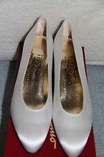 Salvatore Ferragamo Ladies Snella White Satin Low Heel Shoes DE 25217 6.5 AA NEW