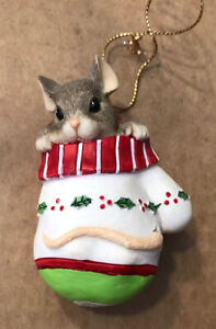 """Charming Tails """"MACKENZIE IN MITTEN"""" MOUSE  CHRISTMAS ORNAMENT SILVESTRI (Box G)"""