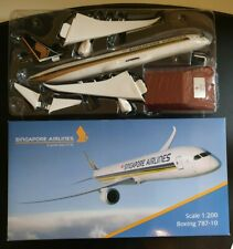 Herpa Wings 612173 Singapore Airlines Boeing 787-10 1:200 Top Qualität mit Stand