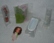 #7407 New No Box Mattel the Littles Daphne Littles with Bathroom Furniture Set