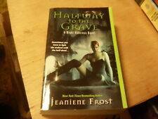Night Huntress: Halfway to the Grave by Jeaniene Frost (2007, Paperback)  r